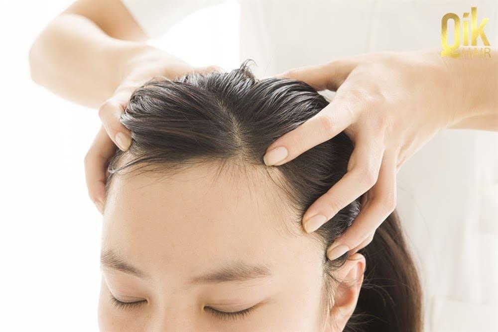 massage da dau chua chung thua mong toc