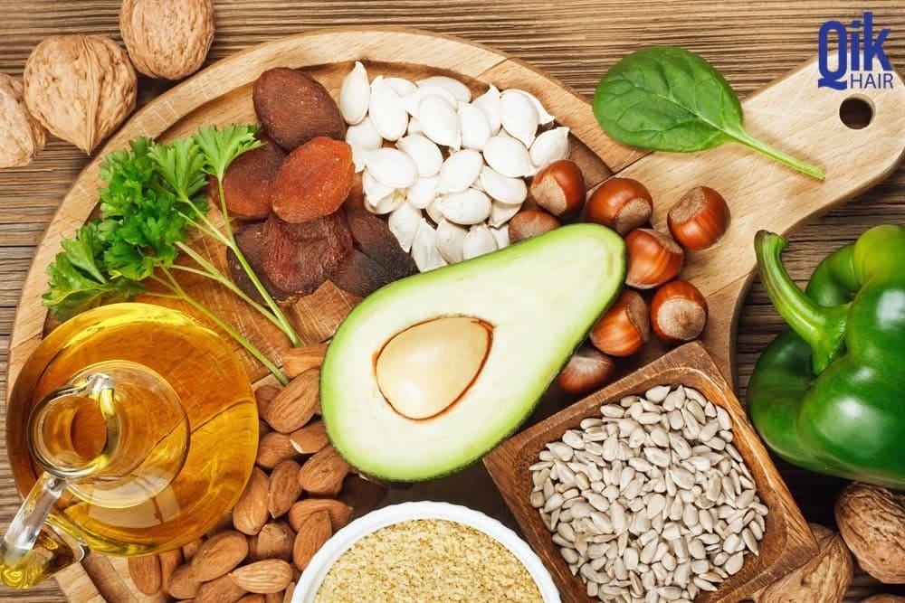 vitamin e giup moc toc