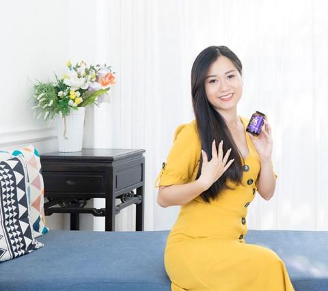 Lâm Vỹ Dạ:Khóc khi đếm tóc và bí quyết cho tóc hồi sinh